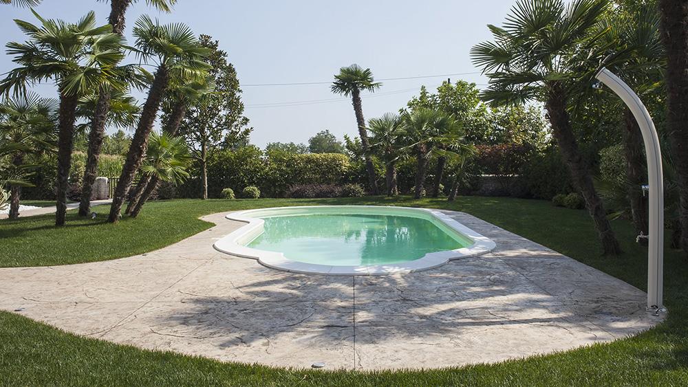 pavimento e viale per giardino in villa privata cittadella