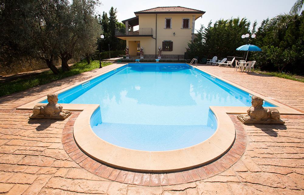 pavimento stampato per bordo piscina